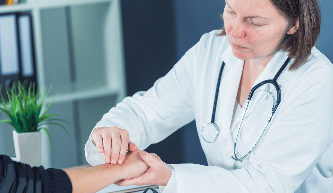 5 Signs Of A Wrist Fracture